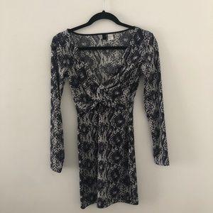H&M PRINTED LONG SLEEVE MINI DRESS